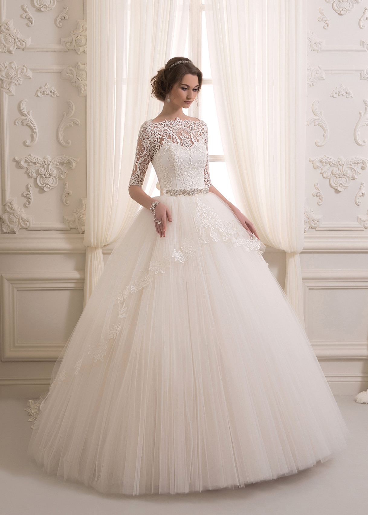 Свадебные платья фото белые пышные
