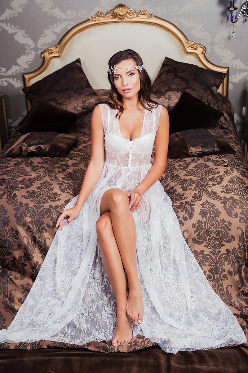 Будуарное платье  Emelia