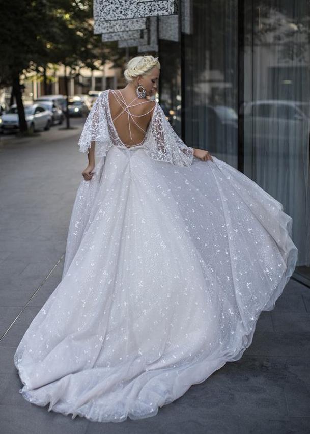 Свадебное платье «Glowing Geranium»
